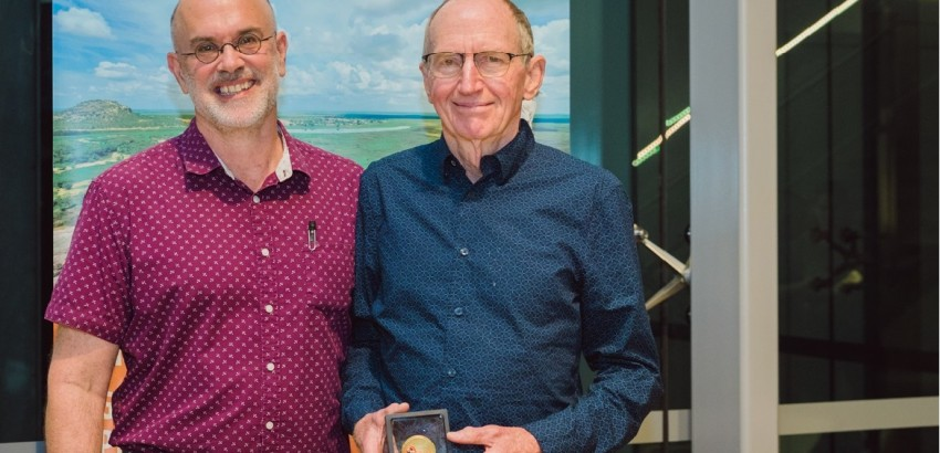 2019 Menzies Medallion awarded to Professor Peter d'Abbs